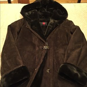 Beautiful suede jacket with faux fur lining
